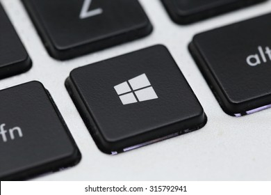 BANGKOK, THAILAND -SEPTEMBER 12, 2015:The New  Windows 10 Icon on Latop Keyboard on September 12,2015