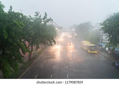 BANGKOK, THAILAND - SEPTEMBER 3,2018 : Heavy rain in the evening after work at Chatuchak Bangkok, Thailand