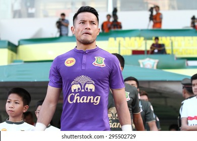 BANGKOK THAILAND-JULY 11:Hassan Sunny of Army United F.C. in action during Thai Premier League between Army United F.C.and Sisaket FC.at Thai Army Stadium on JULY 11,2015in Thailand