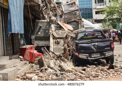 Bangkok, Thailand-SEPTEMBER 8; Building ruins caused by the old building and the construction quality on September 8, 2016 in Bangkok, Thailand.