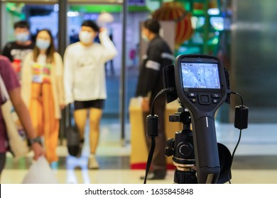 Bangkok,Thailand 2019 fabuary 03 :Staff brought the Thermoscan Infrared Camera to install at the entrance of Paragon mall. To keep an eye on novel coronavirus infected people here is a severe outbreak