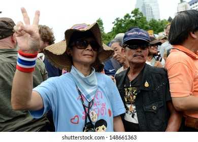 BANGKOK,THAILAND- AUGUST 4, 2013: A rally of the People's Army against Thaksin regime at Lumpini park on August 8, 2013 in Bangkok, Thailand.