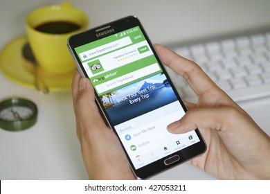 BANGKOK,THAILAND MAY - 15 - 2016 : SAMSUNG NOTE 3 with social network service tripADvisor on the screen.