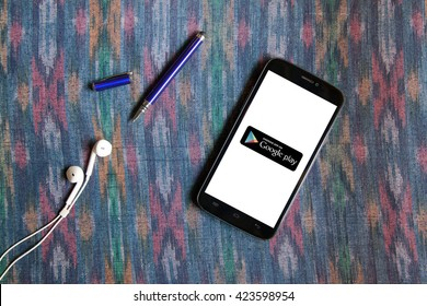 BANGKOK,THAILAND - May 18,2016: The app store and Google play are competitors in an ever growing market of applications for mobile phones and tablets.