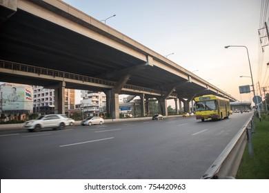 Bangkok-Thailand. November,04,2017.  Traffic conditions Vibhavadi Rangsit Road.