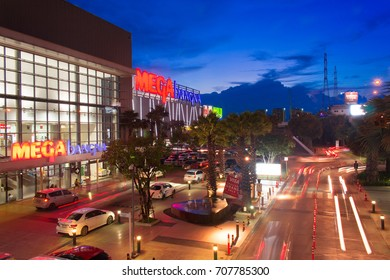 Bangkok,Thailand - Oct 8,2017: Mega Bangna is a large shopping mall in Bangkok.It is the fist horizontal shopping center in Asia with the area of 400,000 sq.m.(include 4 department store)