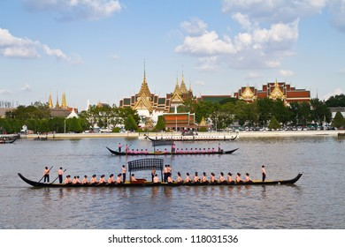 BANGKOK,THAILAND - OCTOBER25:The Royal Barge procession exercise on the occasion for Royal Kathin ceremony which will take place at Wat Arun Ratchavararam, October 25, 2012 in Bangkok,Thailand