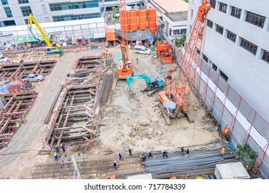 BANGKOK-THAILAND SEPTEMBER  16: Construction workers are working on pre-construction projects on September 16,2017 Bangkok Thailand