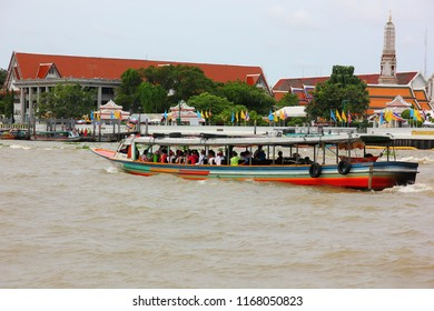 BANGKOK,THAILAND-26 AUGUST ;2018:The people that live near river  alway travel by boat for comfort