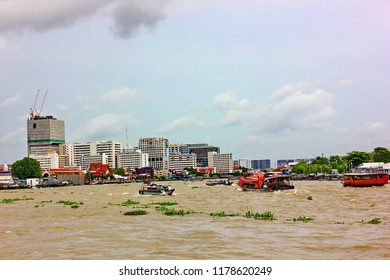 BANGKOK,THAILAND-26 AUGUST;2018:The people that live near Chaophraya river travel by the passenger boat