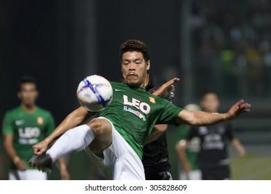 BANGKOK,THAILAND:August 2015:Chesatakon Hemdaeng of Bang kokgass fc during football Chang FA Cup round of 16 teams between BANGKOK GLASS FC and BURIRAM UTD at LEO Stadium on August,12,2015inThailand.