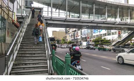 BANGKOK,THAILAND-AUGUST 6,2017:PratuNam Intersection,Pratunam is Bangkok's premier business district.Traffic is busy all day