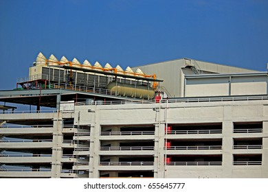 BANGKOK-THAILAND-FEBRUARY 24 : Ventilation of building in the city on February 24, 2016 Bangkok, Thailand