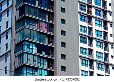 BANGKOK-THAILAND-FEBRUARY 7 : The Detail of apartment building  near the road, February 7, 2017, Bangkok, Thailand