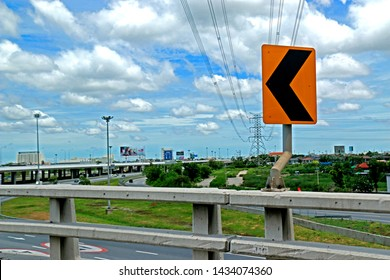 BANGKOK-THAILAND-JUNE 24 : The concrete highway transportation road in the city, June 24, 2016 Bangkok, Thailand