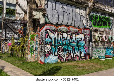 BANGKOK,THAILAND-NOVEMBER 21,2015 : New creative small graffiti park,Chalermla, located in Ratchathewi District,Bangkok