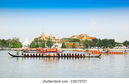 "BANGKOK,THAILAND-NOVEMBER 6: ""Dang 1"" was in the last dress rehearsal of the Royal Barge Procession for the Royal Kathin Ceremony at Chaopraya river on November 6,2012 in Bangkok,Thailand"