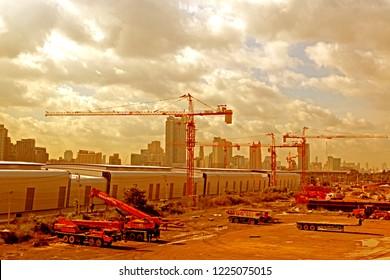 BANGKOK-THAILAND-OCTOBER 21 : The Construction of station of new sky train in the city, October 21, 2016 Bangkok, Thailand