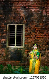 Bangladeshi Lady In Wedding Shot