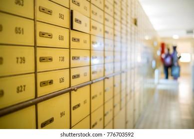 Bank safe box