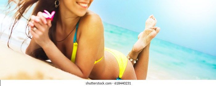 Banner Gorgeous Suntan Female Body in Bikini Relaxing Tropical Beach Sunny Day Selective Focus on Foot Summer Vacation Concept