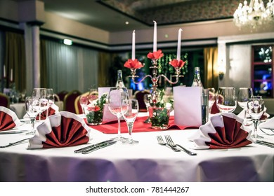 Banquet with red table setting tablecloth white dishes silver cutlery glasses and decorations white copy text & Banquet Red Table Setting Tablecloth White Stock Photo (Royalty Free ...