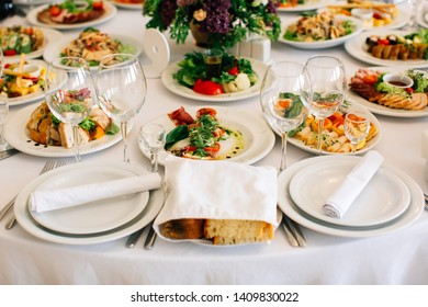 Food Plating Decoration Images, Stock Photos & Vectors