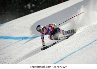 BANSKO, BULGARIA - MARCH  2, 2015: Lindsey Vonn (USA) competes in the Audi FIS Alpine Ski World Cup Ladies' Super G on MARCH  2 ,2015 in Bansko, Bulgaria