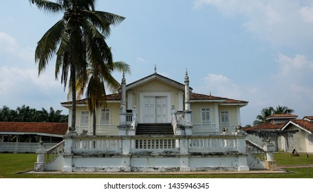 BANTING, Selangor - JUNE 28, 2019 : Built in the early 1900s, Istana Bandar is located in Jugra, a historical town located in Kuala Langat district. Also known as Istana Alaeddin or Alaeddin Palace.