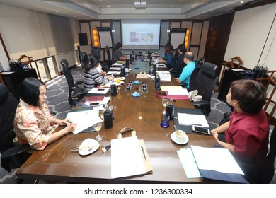 Banyan Tree Hotel, Bangkok Thailand, June 23, 2018 : The people are attending in the meeting room.