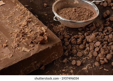 bar milk chocolate, powdered chocolate and chocolate chips