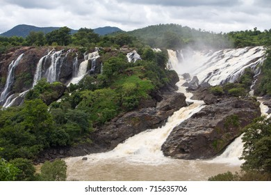 Barachukki falls in full view
