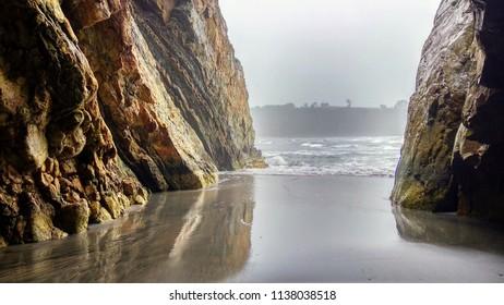 Barayo beach. Barayo is a Partial Nature Reserve, encompassing cliffs, dunes and beaches., Valdés and Navia municipalities, Asturias, Spain