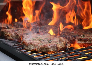 Barbecue party - Argentinian rump steak - heat, fire & smoke