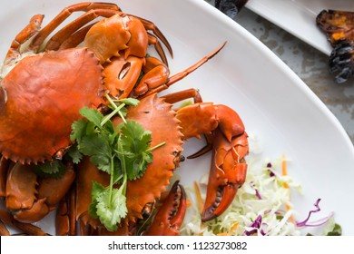Barbecued crab on the table