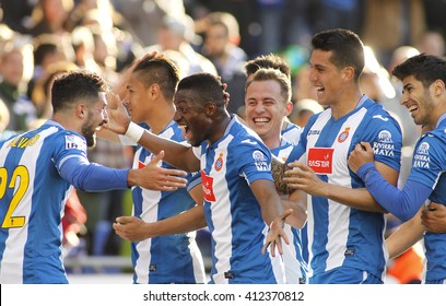 BARCELONA - APRIL, 9: RCD Espanyol de Barcelona players celebrating goal during a Spanish League match against Atletico de Madrid at the Power8 stadium on April 9, 2016 in Barcelona, Spain