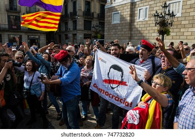 Barcelona, Catalonia, Spain - 02 NOVEMBER 2017 A group of citizens singing to protest to support the politics prisones in Catalonia.