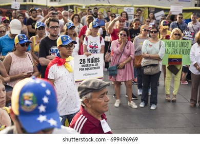 BARCELONA, CATALONIA, SPAIN - AUGUST, 19, 2017. Crowd gathers and pays their tributes and prayers to the victims of Barcelona terrorism attack on 19 August 2017.