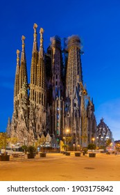 Barcelona, CataloniaSpain - January 26 2021: Night view of Sagrada Familia basilica church.