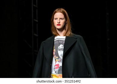 BARCELONA - FEB 2: Magdalena Jasek (model) walks the runway for the Brain and Beast collection at the 080 Barcelona Fashion Week 2015 Fall Winter on February 2, 2015 in Barcelona, Spain.