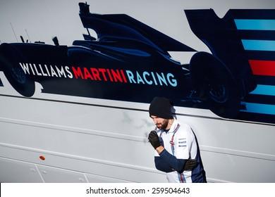 BARCELONA - FEBRUARY 22: Williams Martini Racing mechanic at Formula One Test Days at Catalunya circuit on February 22, 2015 in Barcelona, Spain.