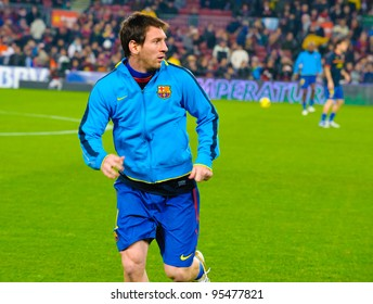 BARCELONA – JAN 15: Leo Messi playing with the ball before the match between FC Barcelona vs Real Betis, 4 - 2, in Camp Nou stadium on January 15, 2012, Barcelona, Spain.