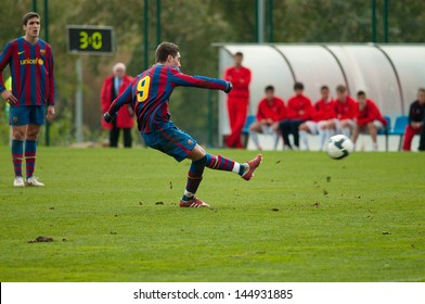 BARCELONA - JAN 31: Ruben Rochina, F.C Barcelona youth team player, plays against Girona at the Ciutat Esportiva Joan Gamper on January 31, 2010 in Barcelona, Spain.