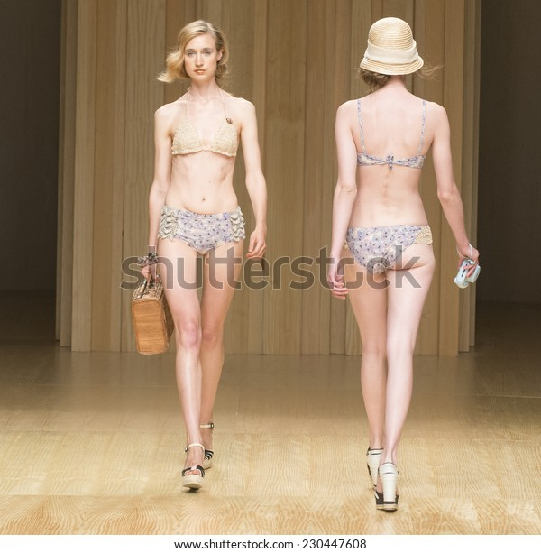 BARCELONA - JULY 03: models walking on the Guillermina Baeza catwalk during the 080 Barcelona Fashion runway Spring/Summer 2015 on July 03, 2014 in Barcelona, Spain.