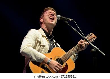BARCELONA - JUN 3: Hamilton Leithauser  (songwriter) performs in concert at Primavera Sound 2017 Festival on June 3, 2017 in Barcelona, Spain.