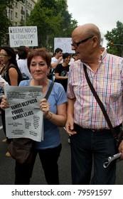 """BARCELONA - JUNE 19: Protest in Placa Catalunya called """"19J, Manifestació Internacional. El carrer és nostre, no pagarem la seva crisi"""". June 19, 2011 in, Barcelona, Spain"""