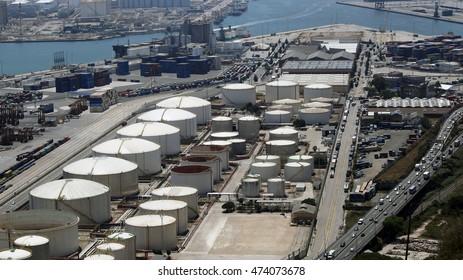 Barcelona LNG storage and loading port facility, Barcelona, Spain, July 2016