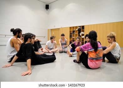BARCELONA - MAR 3: Actors talk to the director before them play Commedia dell'arte on March 3, 2011 in Barcelona, Spain. Is a form of theater characterized by masked types which began in Italy.