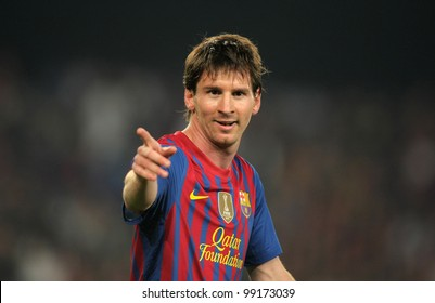 BARCELONA - MARCH, 31: Leo Messi of FC Barcelona in action during the Spanish league match against Athletic Club Bilbao at the Camp Nou stadium on March 31, 2012 in Barcelona, Spain