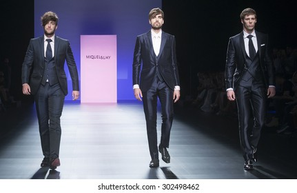 BARCELONA - MAY 06: models walking on the Miquel Suay bridal collection 2016 catwalk during the Barcelona Bridal Week runway on May 06, 2015 in Barcelona, Spain.